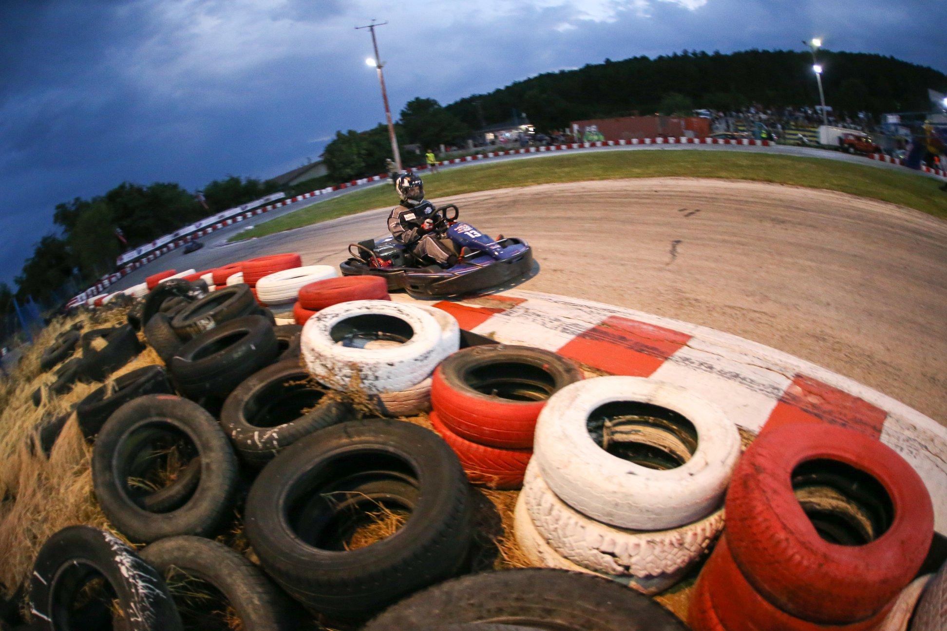 Redbull-KartFight-Race-Varnakarting